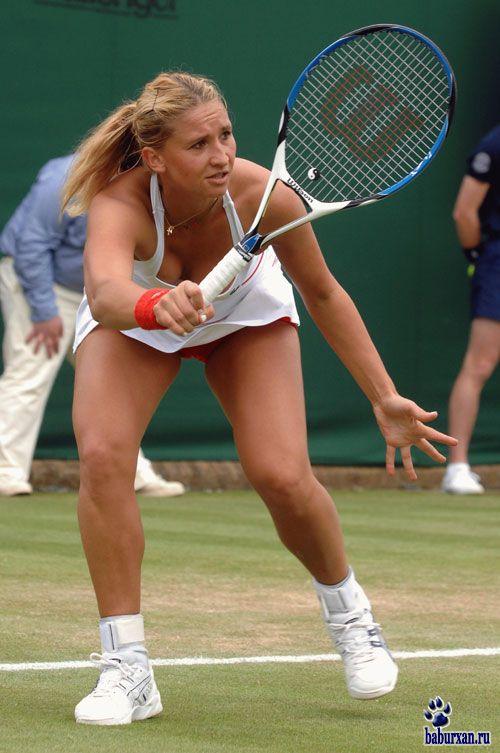 tennis-porno-filmi-krutoy-anal-tolstim-chlenom-foto-galerei-na-telefon